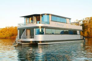 Coomera Houseboats - Geraldton Accommodation
