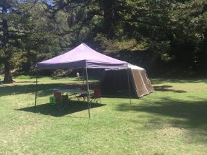 Basin Ku-ring-gai Campsite Set Up - Geraldton Accommodation